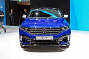 Volkswagen-T-Roc-R-1