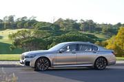 2020-BMW-7-Series-26