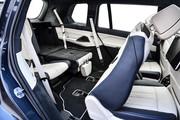 2020-BMW-X7-92