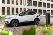 Opel-Grandland-X-Plug-in-Hybrid-17