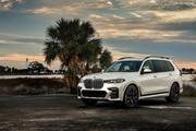 2020-BMW-X7-133
