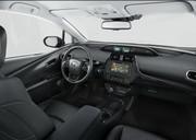 2019-Toyota-Prius-Plug-in-Hybrid-3