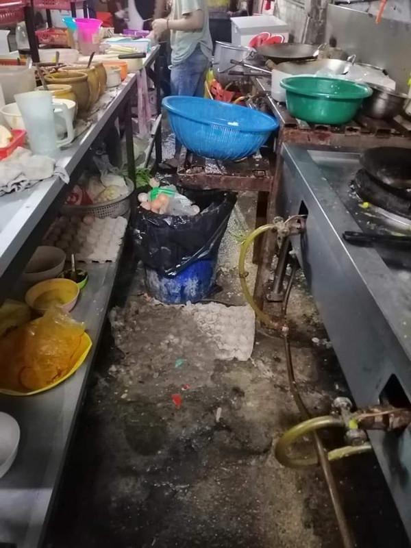 kedai tomyam kotor