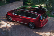 2020-Chrysler-Pacifica-Red-S-Edition-54