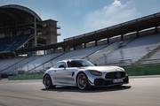 2020-Mercedes-AMG-GT-R-PRO-13