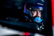 fernando-alonso-tests-2020-toyota-hilux-race-truck-prepares-for