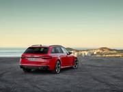 2020-Audi-RS4-Avant-26