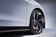 Volkswagen-ID-Space-Vizzion-concept-12