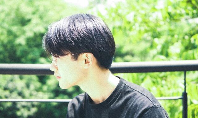 長相普通的男生,可以嘗試這4款新潮髮型,剪完提升顏值更加帥氣 - 人人焦點