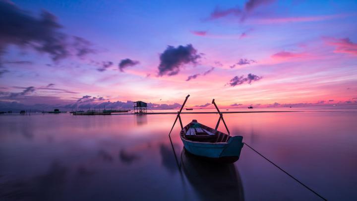 Boat (2560×1440)