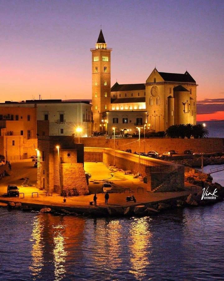 Trani, Barletta-Andria-Trani, Puglia Italy (Photo credit to @vinkweb)
