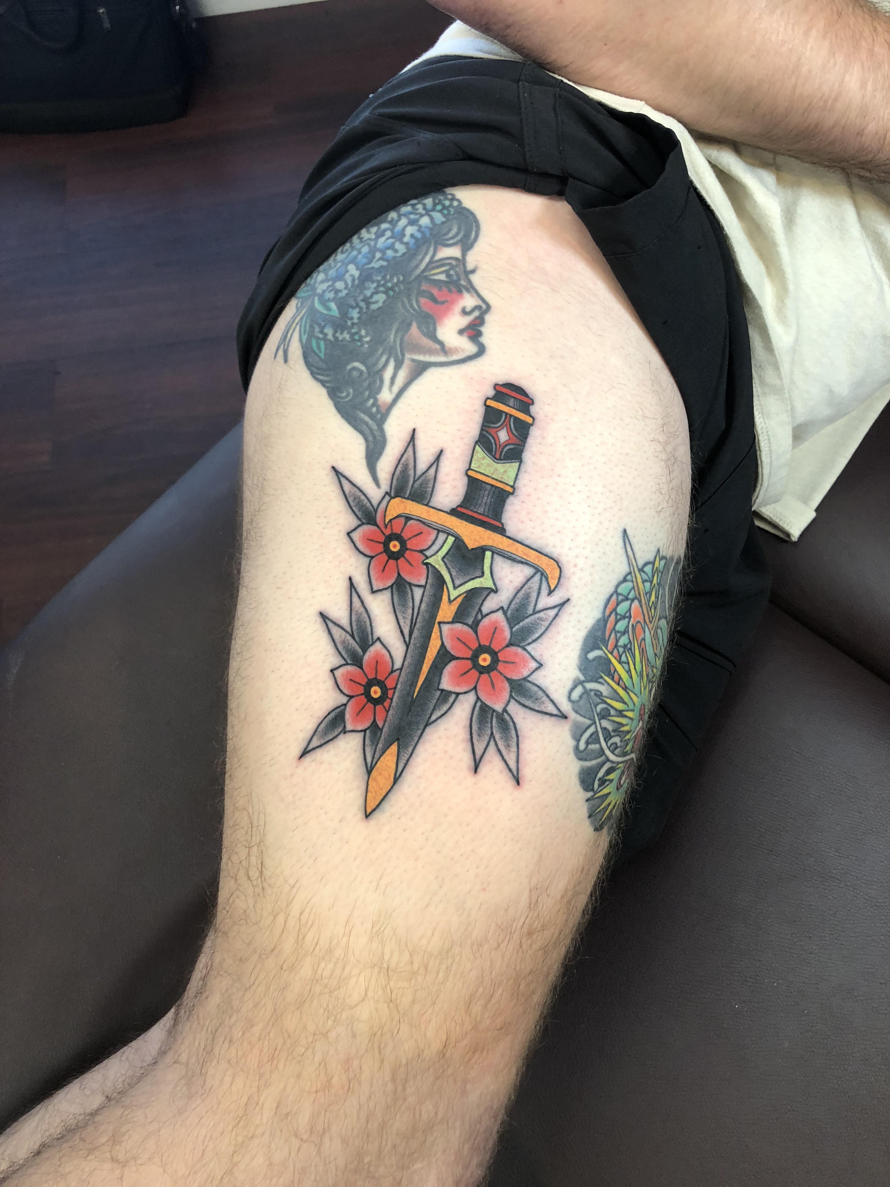Red Dagger Tattoo : dagger, tattoo, Dagger, Mason, Chimato, Tattoo), Houston,, Tattoos