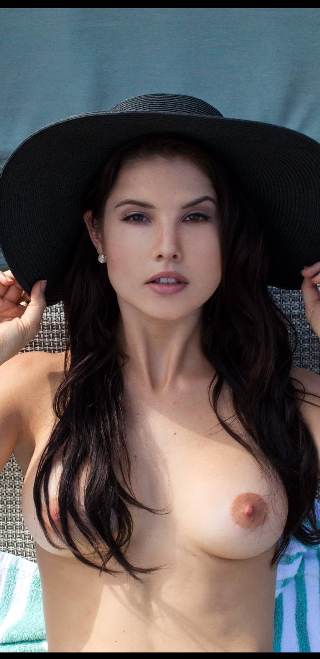 Amanda Cernys Boobs : amanda, cernys, boobs, Amanda, Cerny, Before, XPorn18xxx