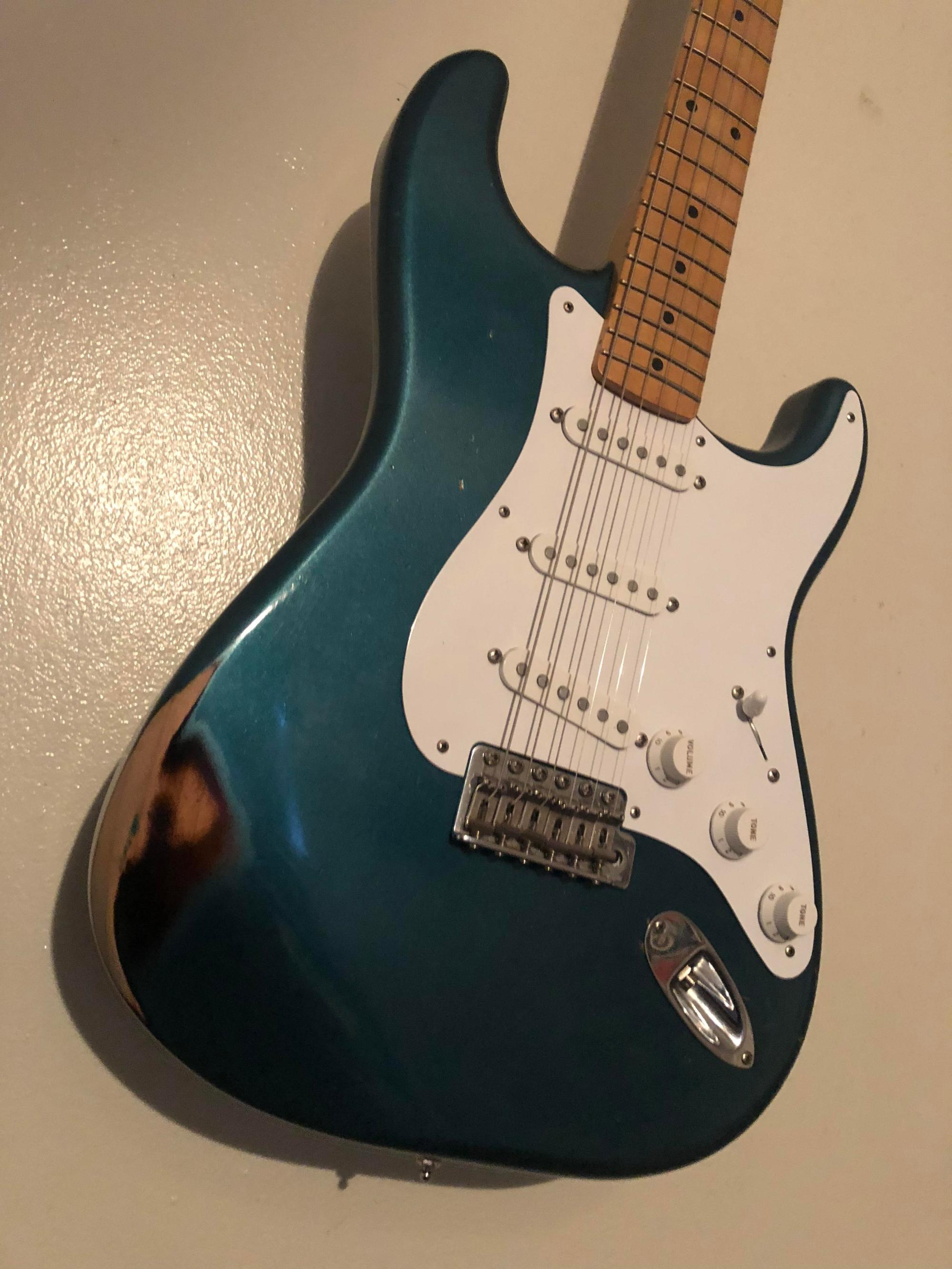 hight resolution of luthier