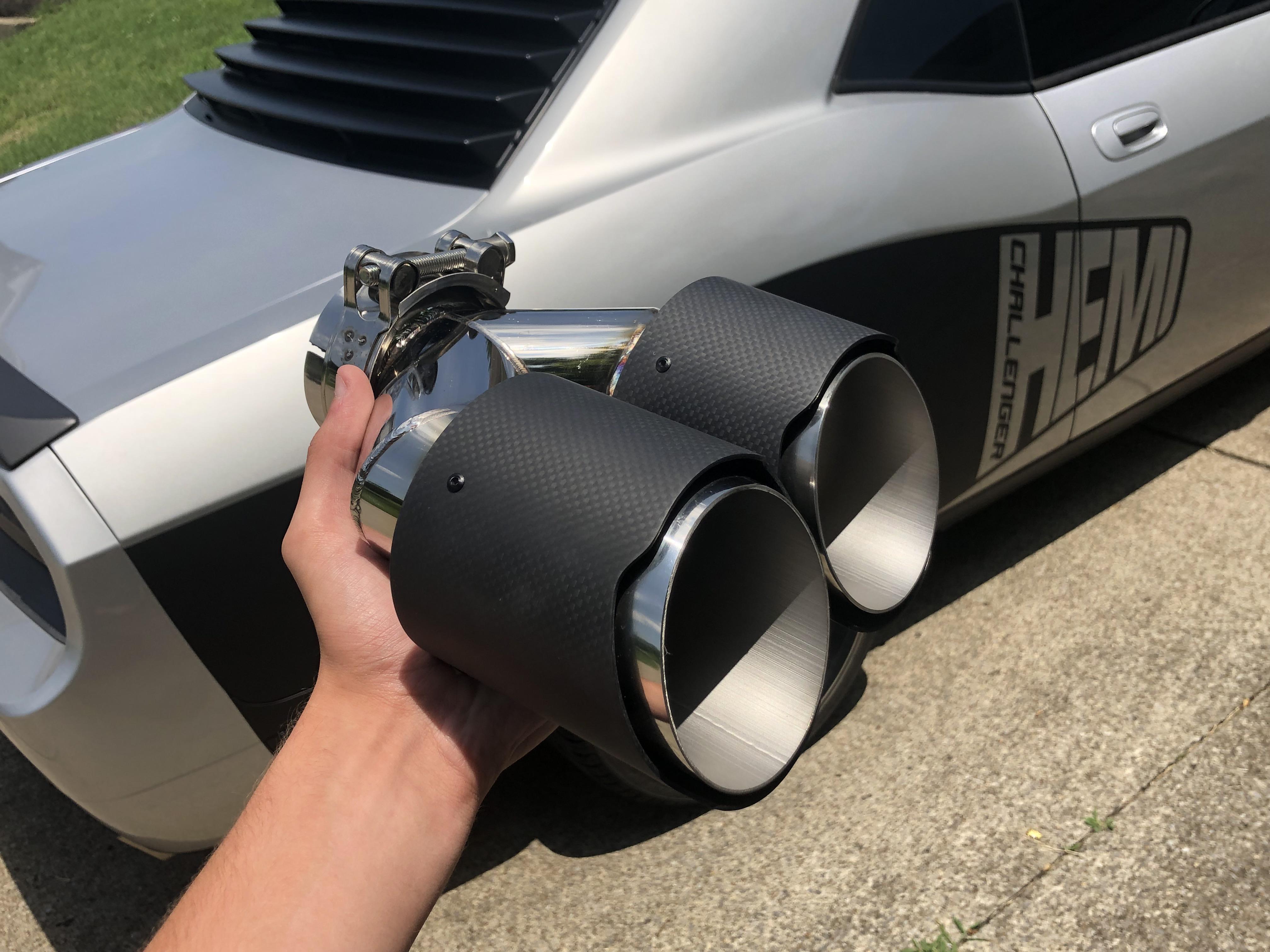 just got new exhaust tips challenger