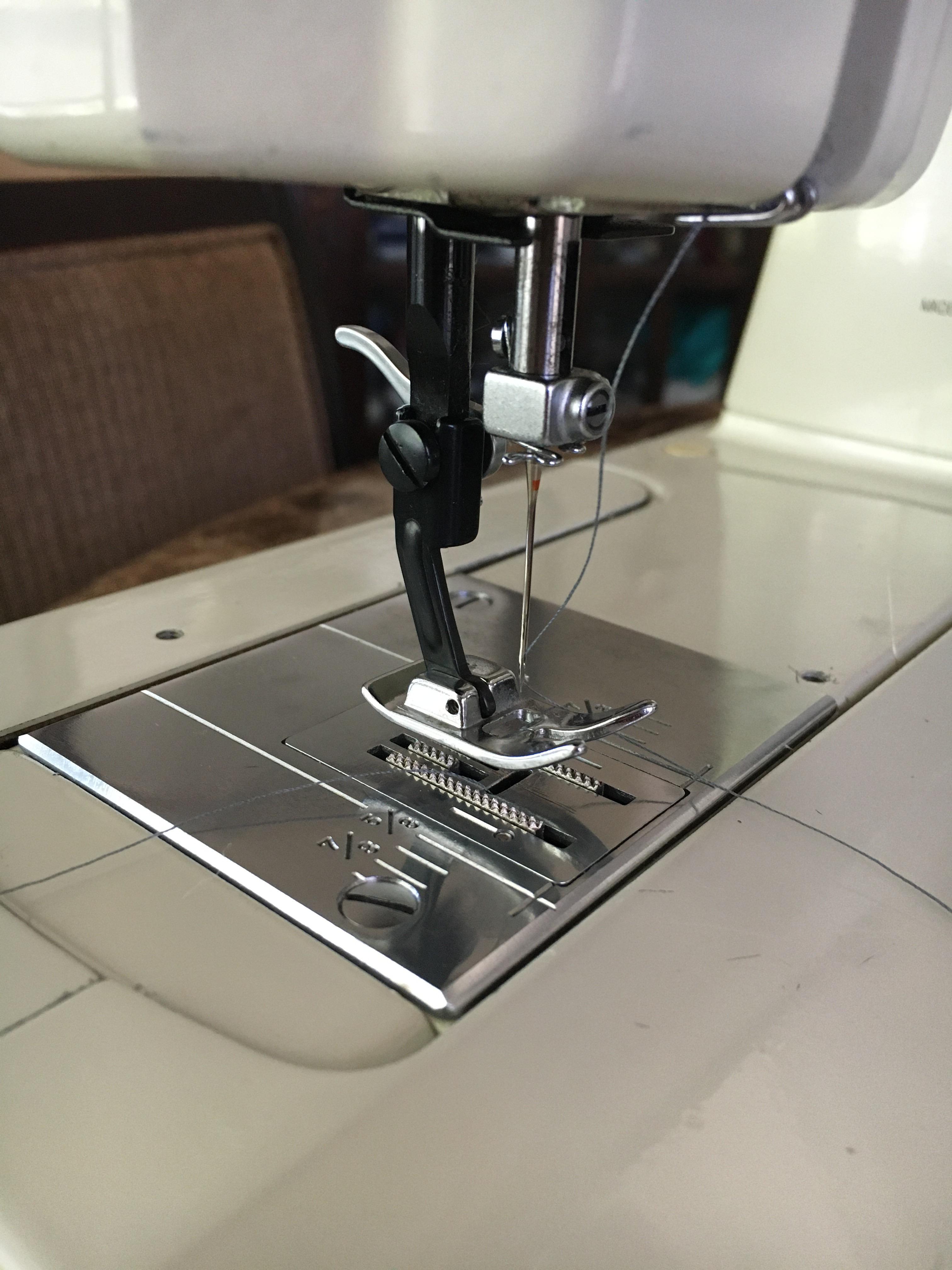 Kenmore Sewing Machine Feet : kenmore, sewing, machine, Kenmore, Super, Shank, Presser, Question, Sewing