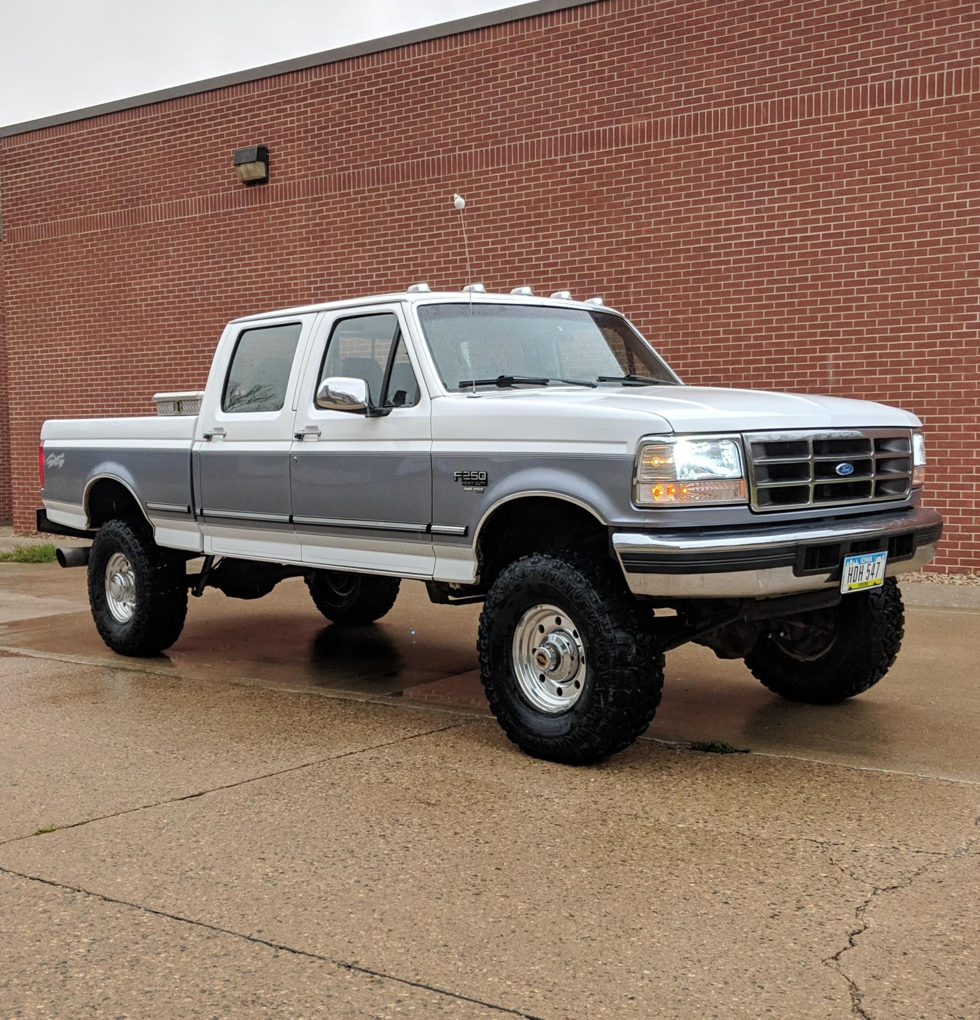 hight resolution of my obs 1997 ford powerstroke 7 3 i just did the lift and tires a few days ago looks pretty good for being a 205k mile midwest truck