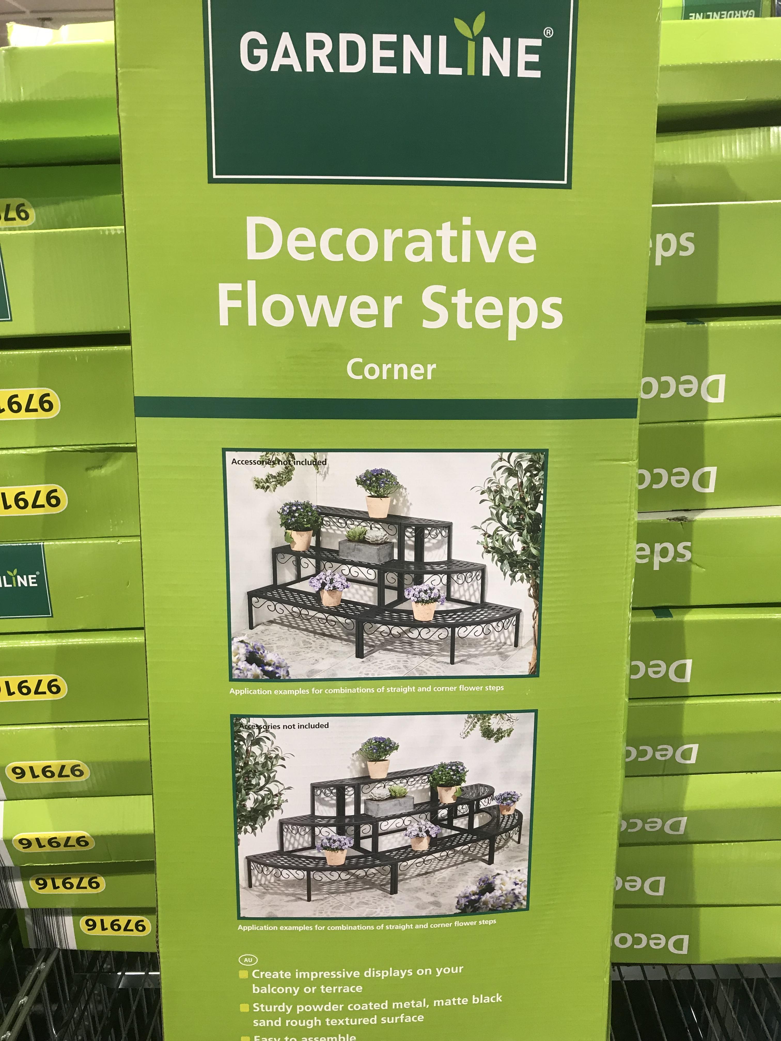 3 Tier Planter Aldi : planter, Aussie, Gardeners,, These, Planter, Stands, Succulents
