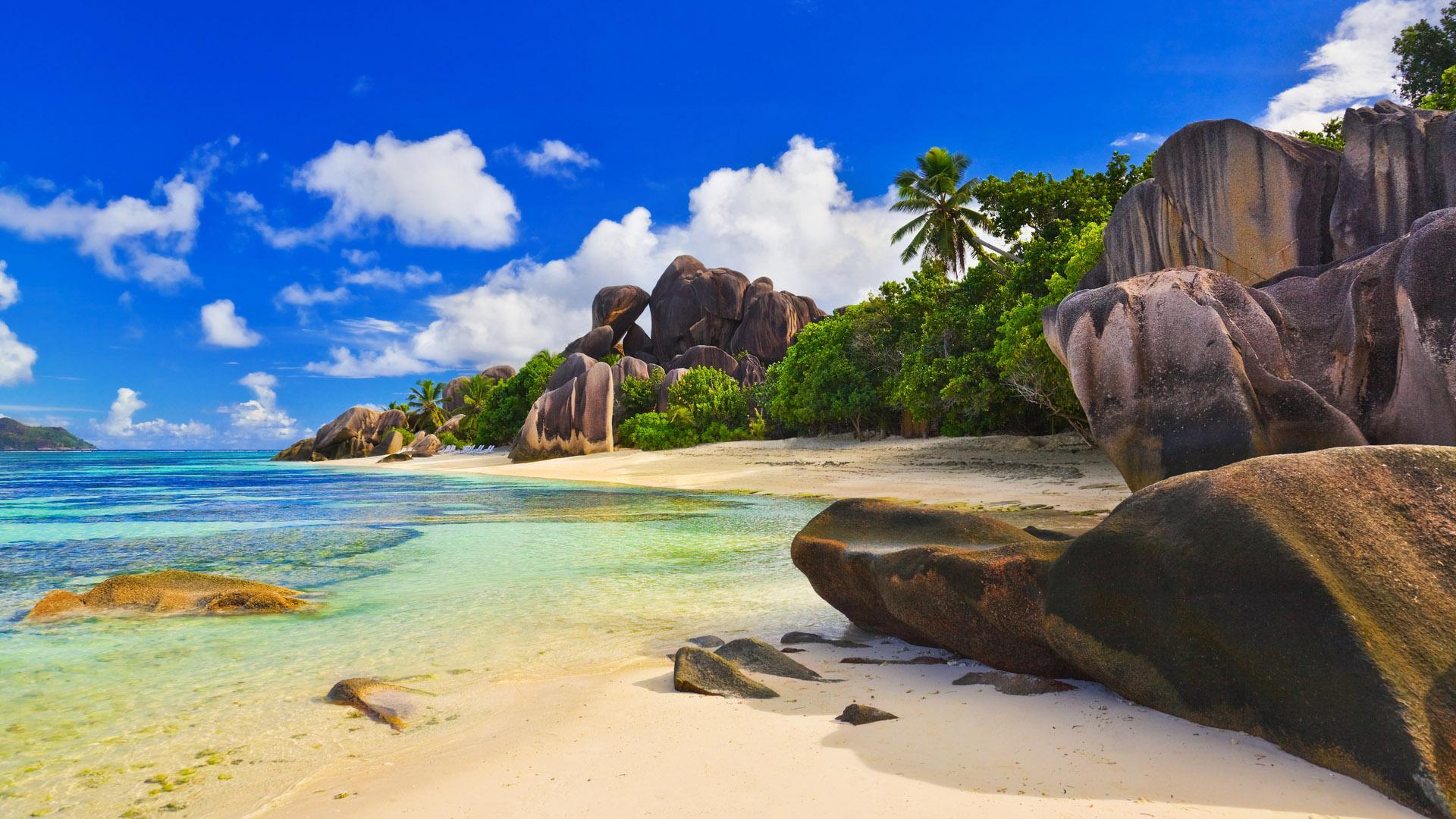 amazing tropical beach 1920x1080