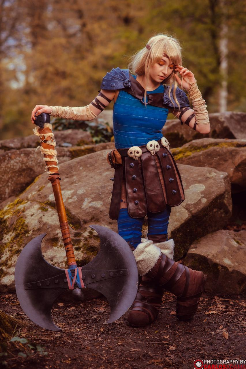 Photographer Astrid From How To Train Your Dragon Cosplay