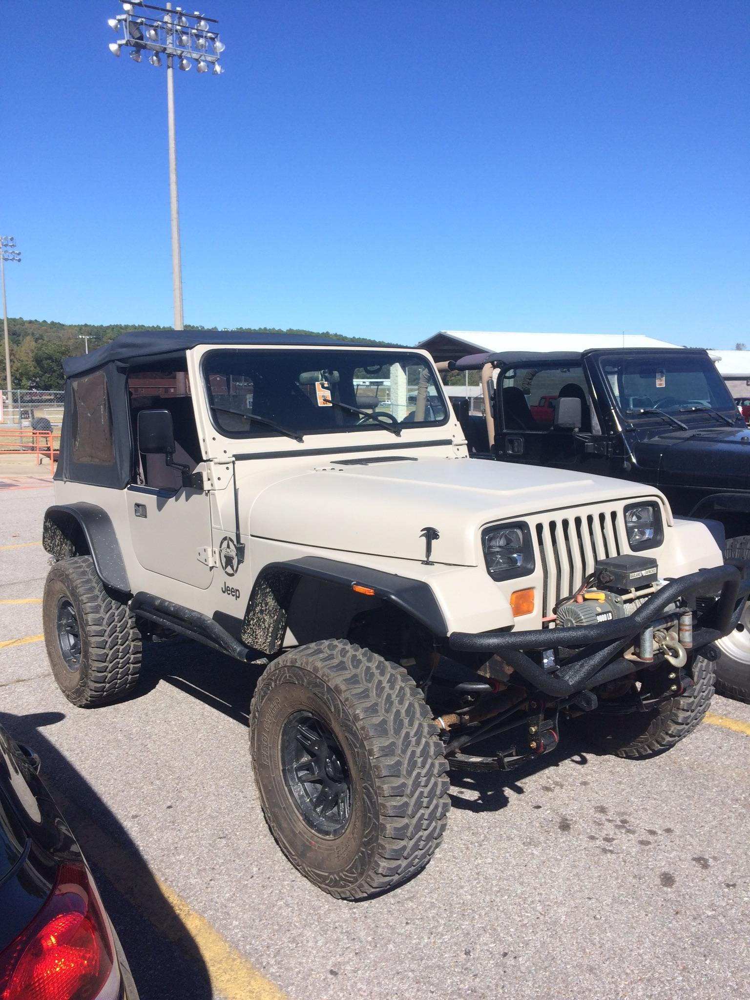 Desert Tan Jeep : desert, Jeep:, Desert