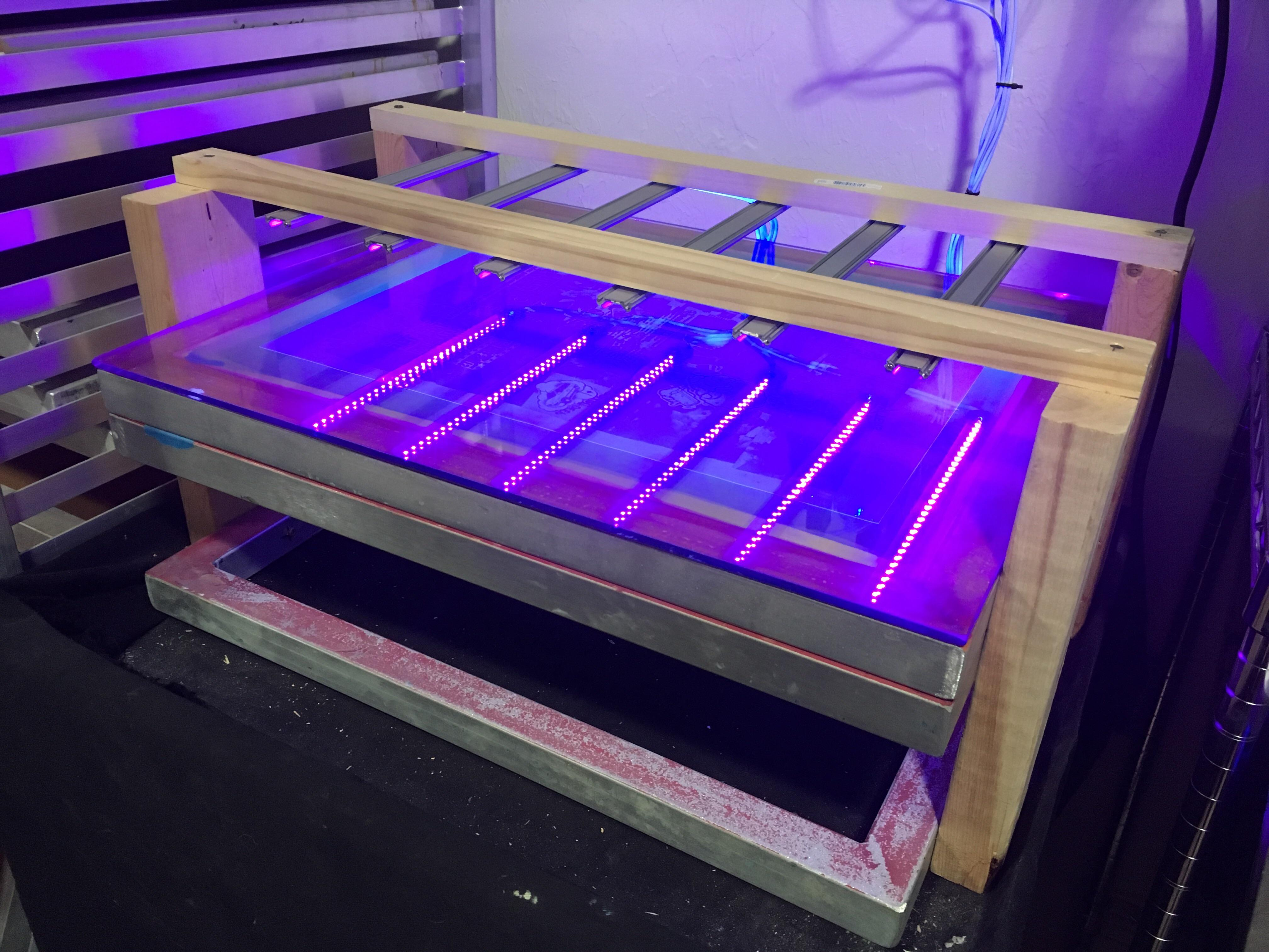 My Diy Exposure Unit Built Out Of Old Screen Frames And Cheap Leds 1 Minute Exposure Under 100 Screenprinting