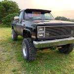 I Ve Been Eying This 83 K10 It S Got A 6in Lift 37 5in Tire With A Mostly Stock 350 Does Any Body Daily A Lifted Square Body If So How Are They Squarebodies
