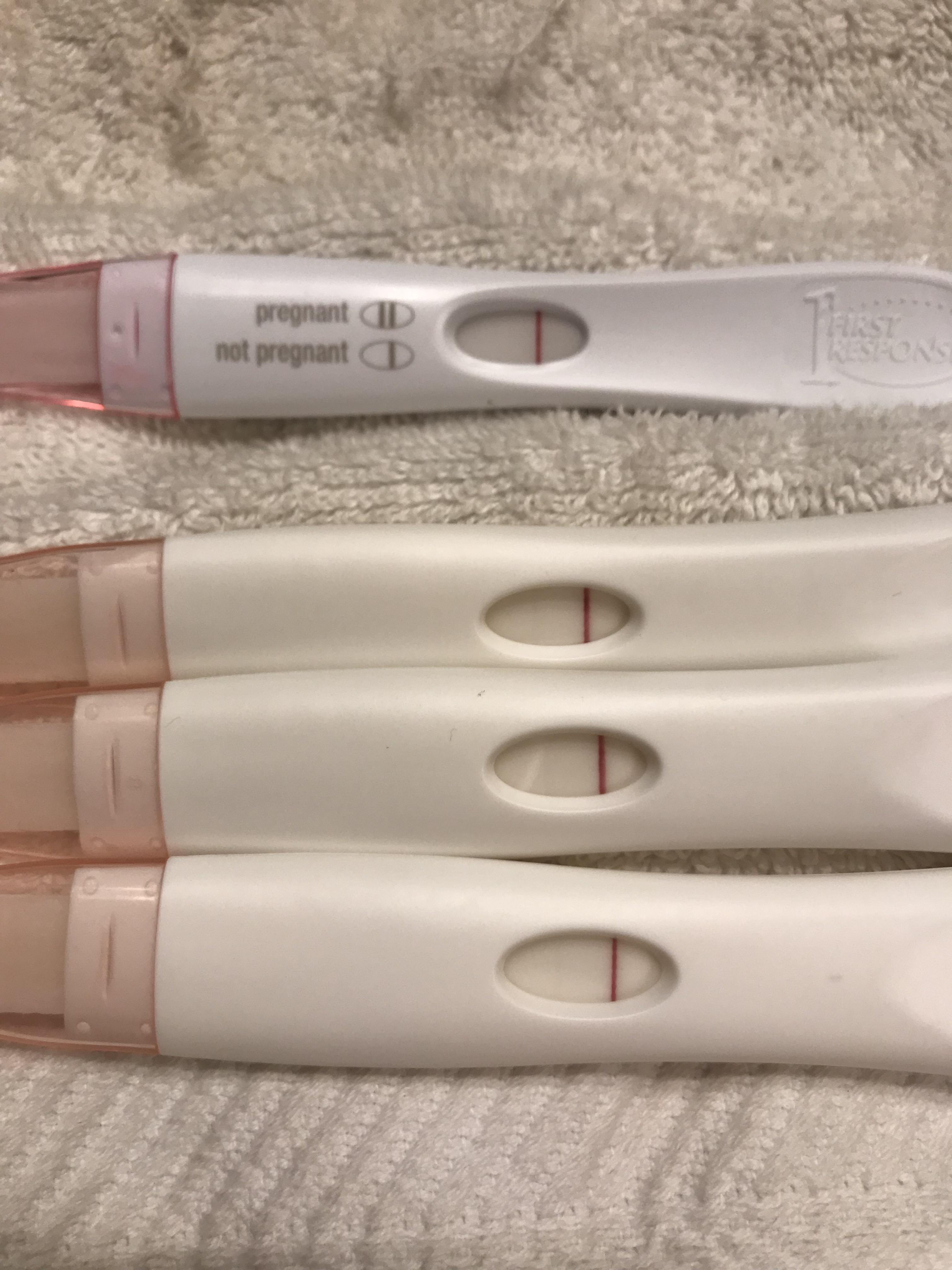 Walgreens Pink Dye Pregnancy Test : walgreens, pregnancy, 8-9dpo?,, Top-FRER,, Bottom, 3-Walgreens, Brand, FRER., About, Worst, Indents, Ever!, Taken, Minutes, Apart, Because, Thought, Indents?, Those