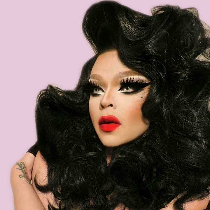 Vanessa reminds me of Crystal Labeija in this picture