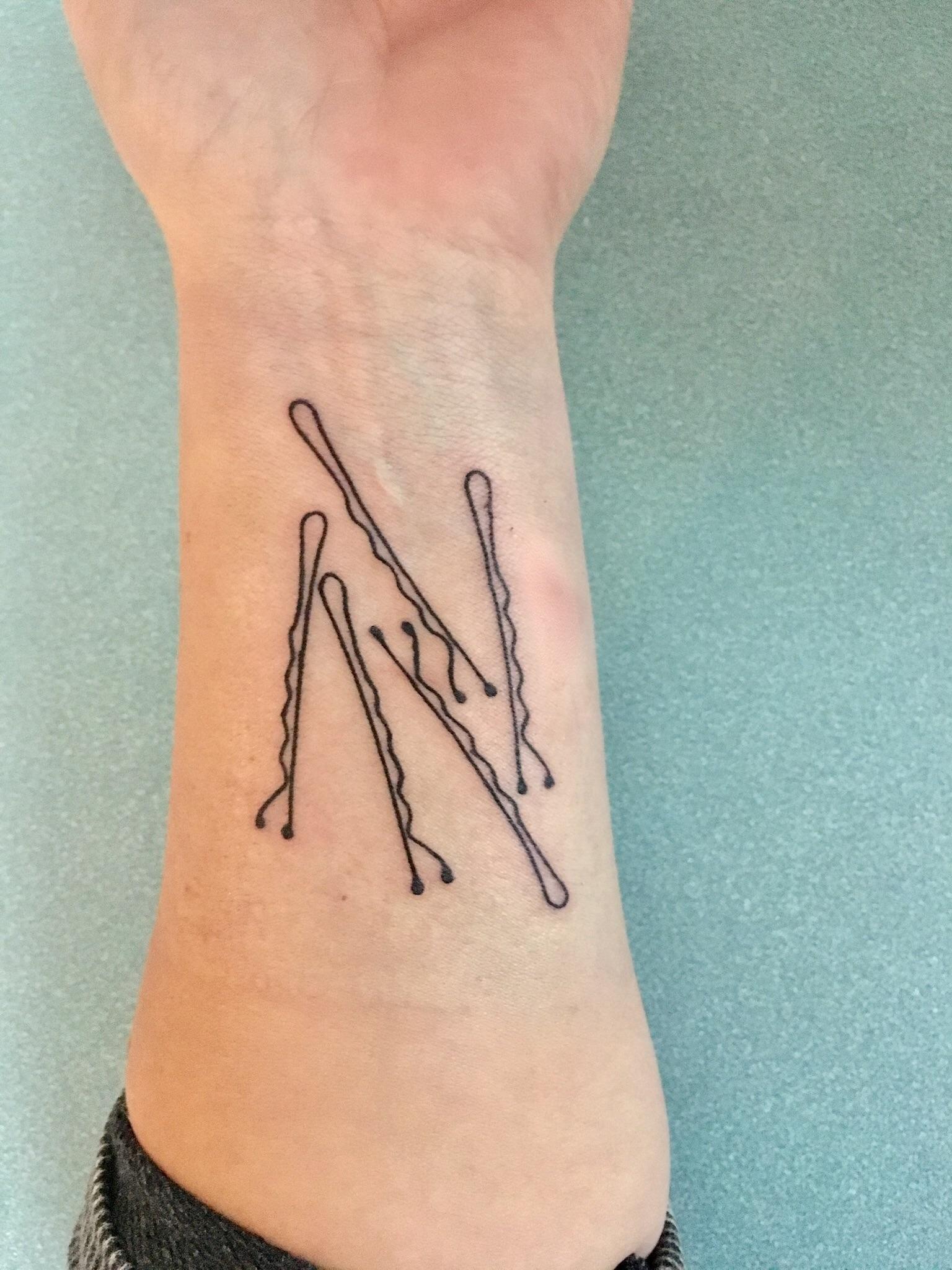 Bobby Pin Tattoo Meaning : bobby, tattoo, meaning, Bobby, Pins,, Level, Tattoo, Pawtucket, Tattoos