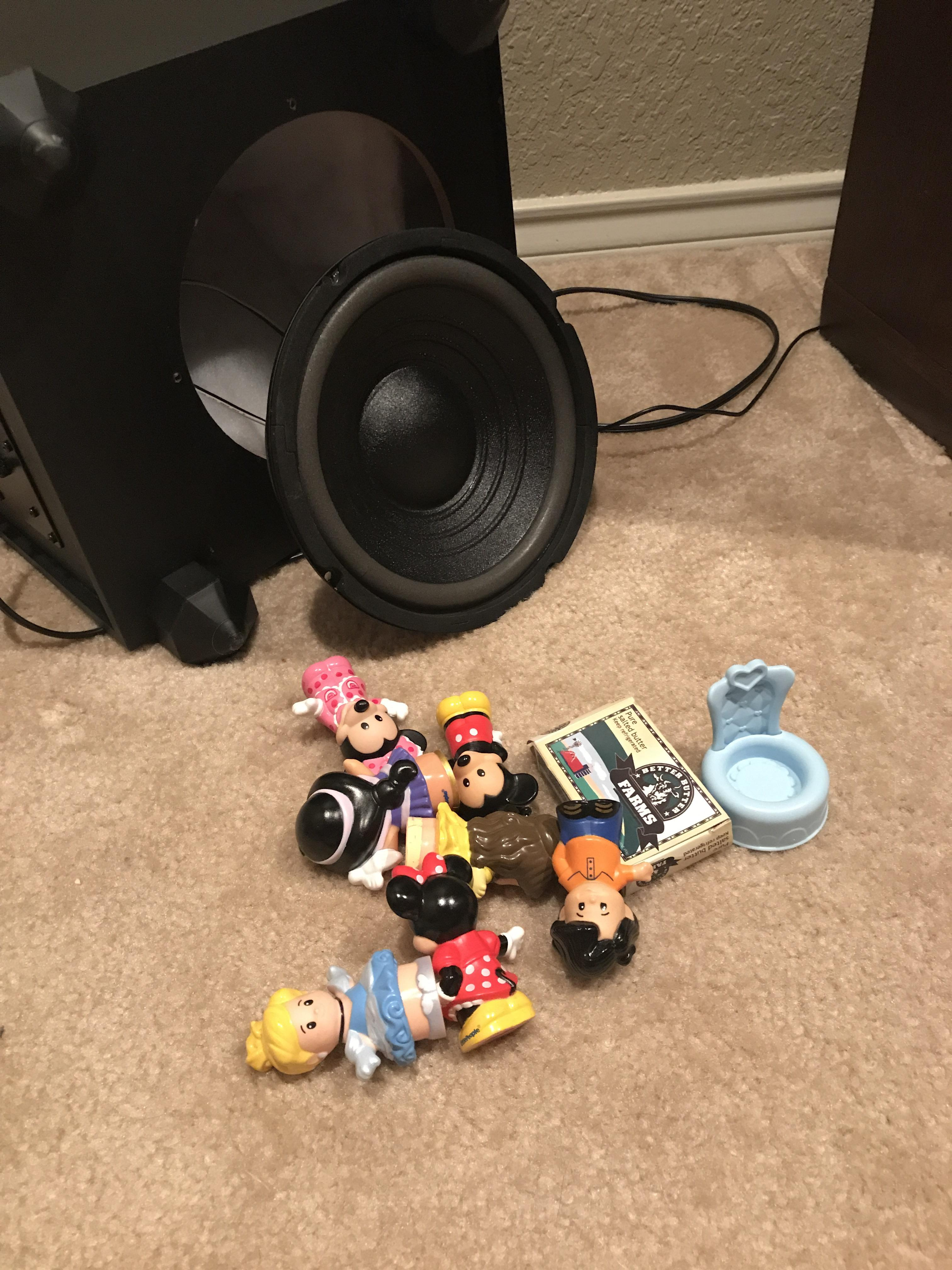 Subwoofer Buzzing : subwoofer, buzzing, Wondering, Subwoofer, Buzzing, Until, Pulled, These, Audio