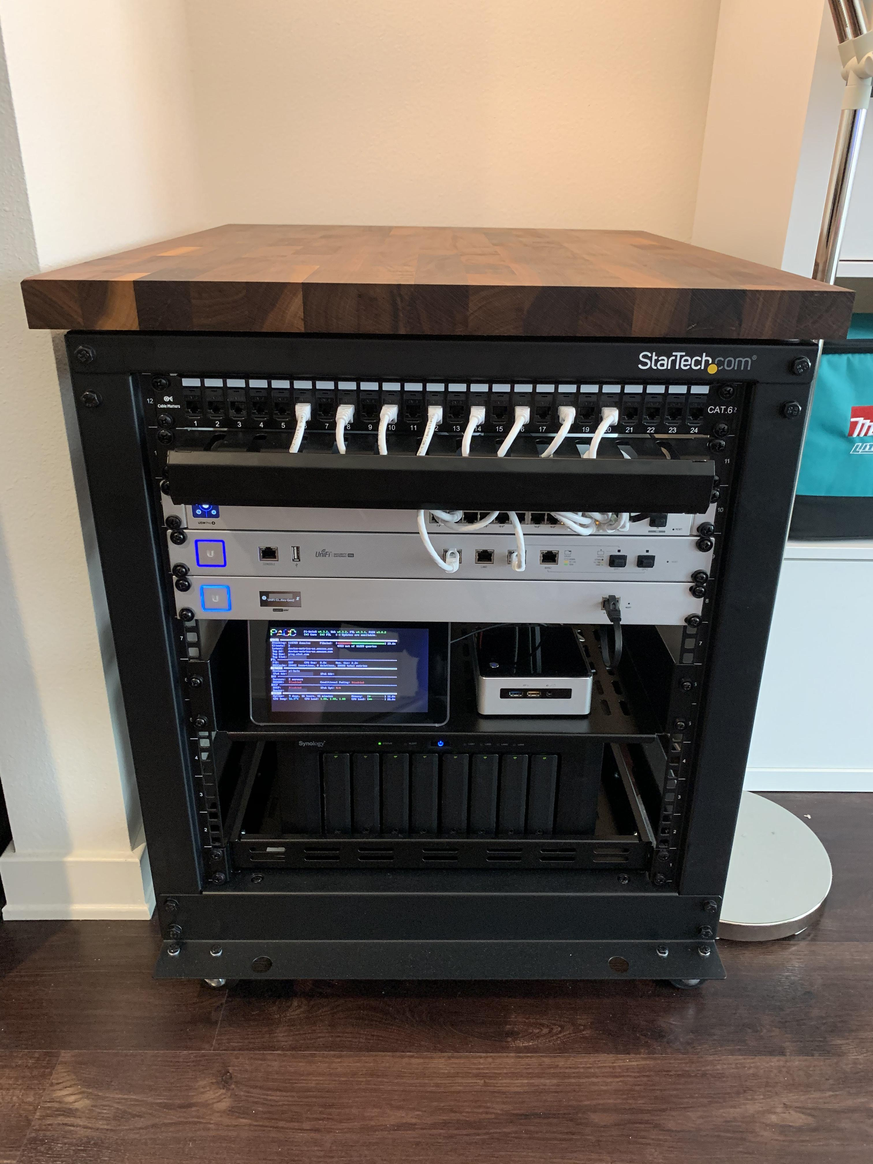 consolidated homelab in 12u rack with