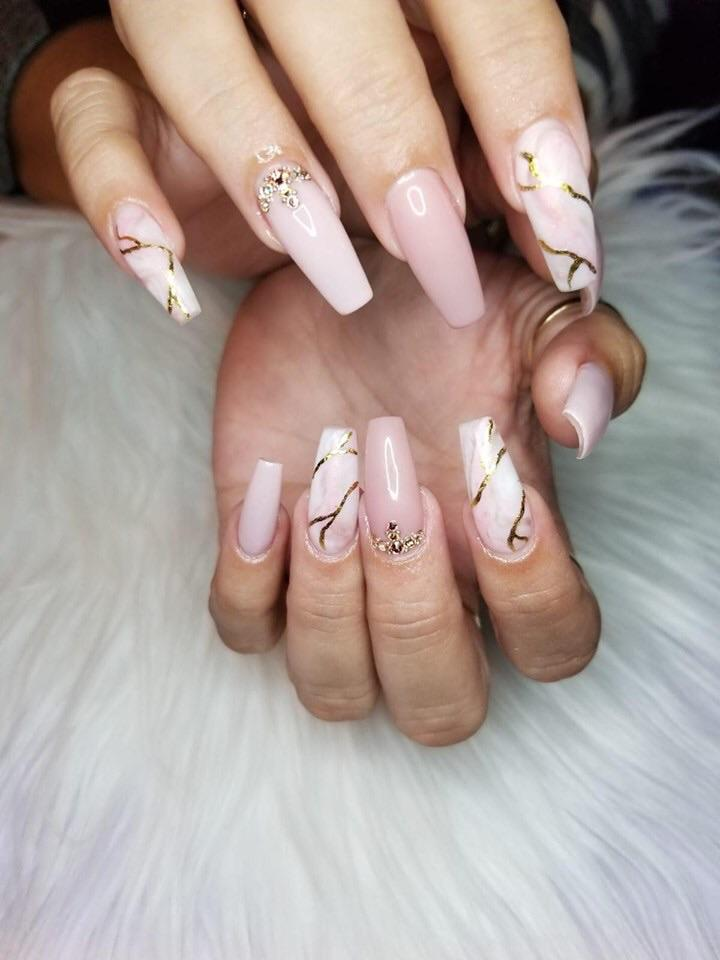 White And Gold Coffin Nails : white, coffin, nails, Coffin, Nails, NailsonFleek