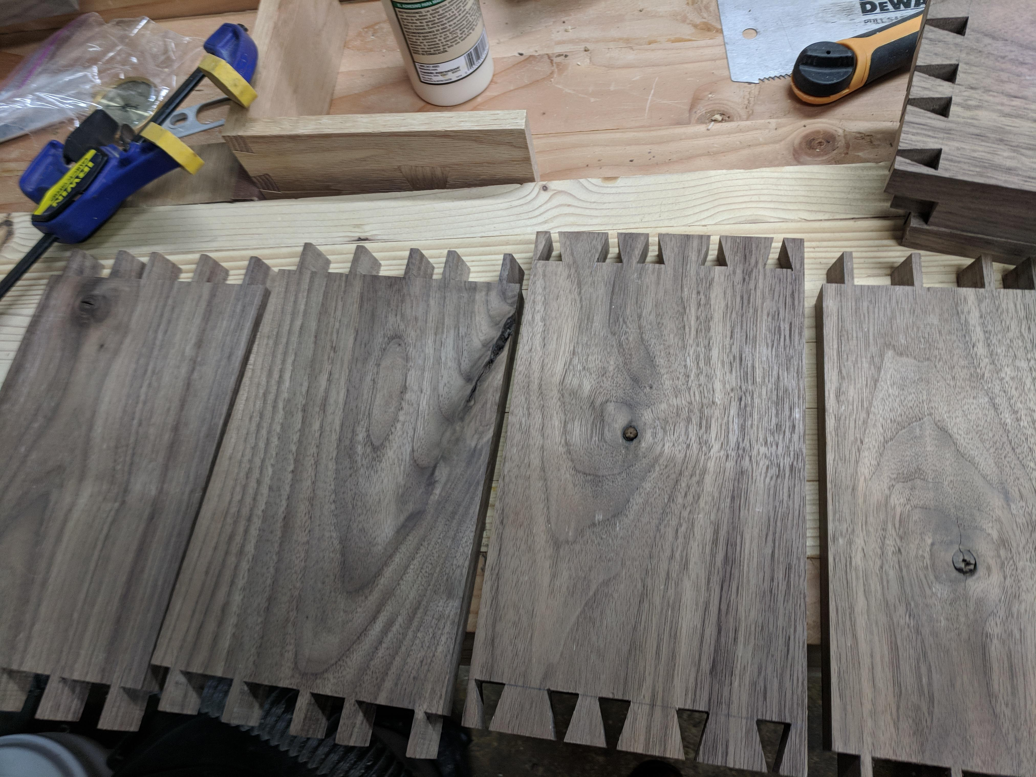 Filling Knot Holes In Wood With Epoxy