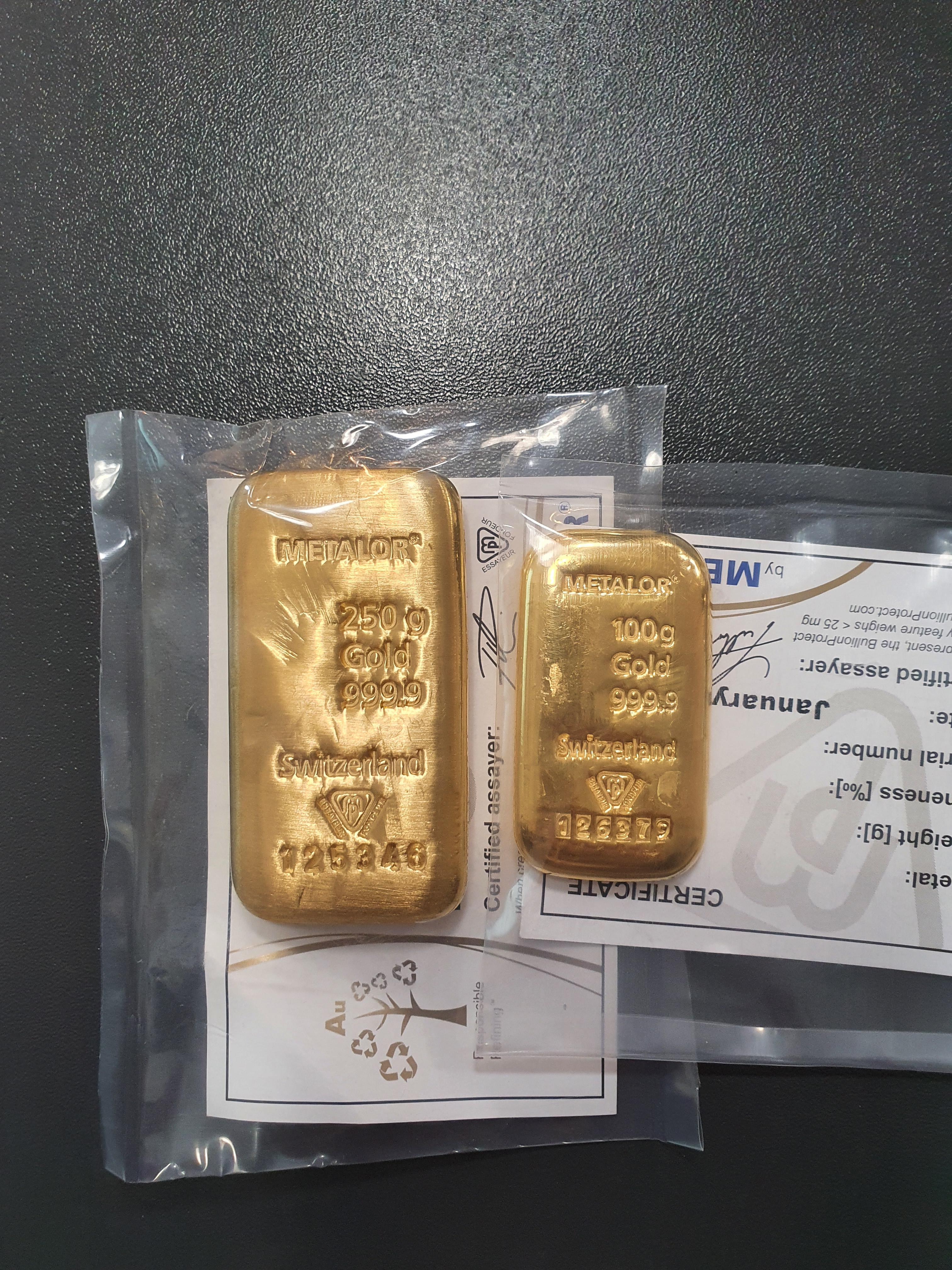 Gold Bar Size Comparison : comparison, Somebody, Asked, Comparison, Metalor, Bars., Would, About, Times, Bigger..