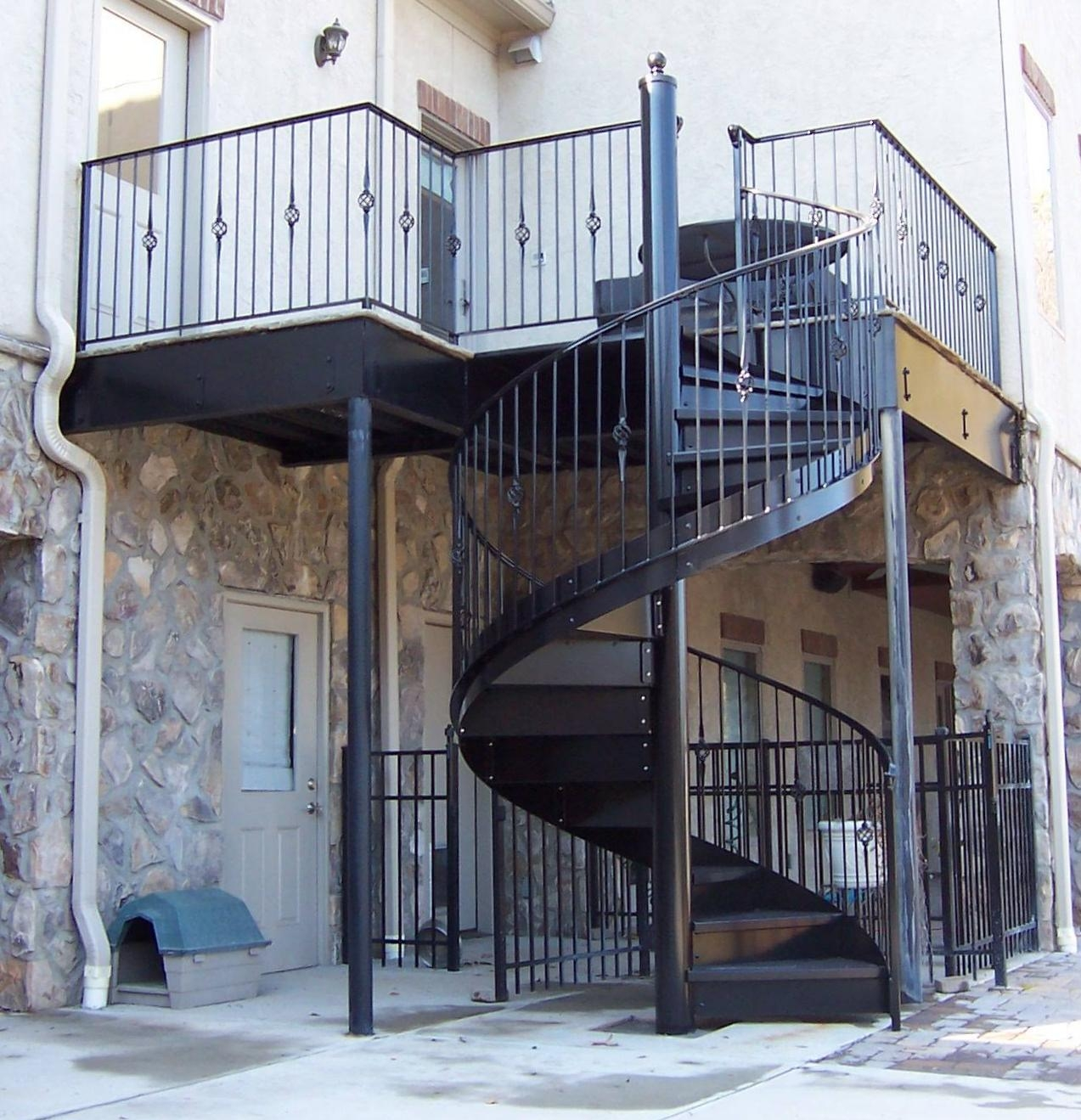 Here S A Spiral Staircase And Railing I Designed Built And Led | Installing A Spiral Staircase | Bottom | Rectangular | Alcove | 20 Step | Circular