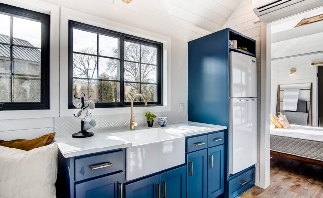 A Blue And White Kitchen In A 100 000 Tiny House That S