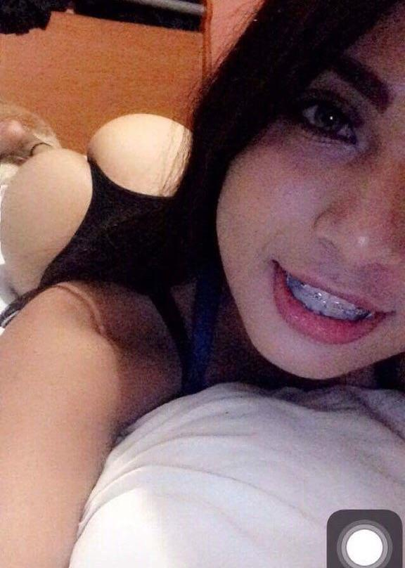 nqp8ueqrzxe11 - Amateur Booty Nude Selfie