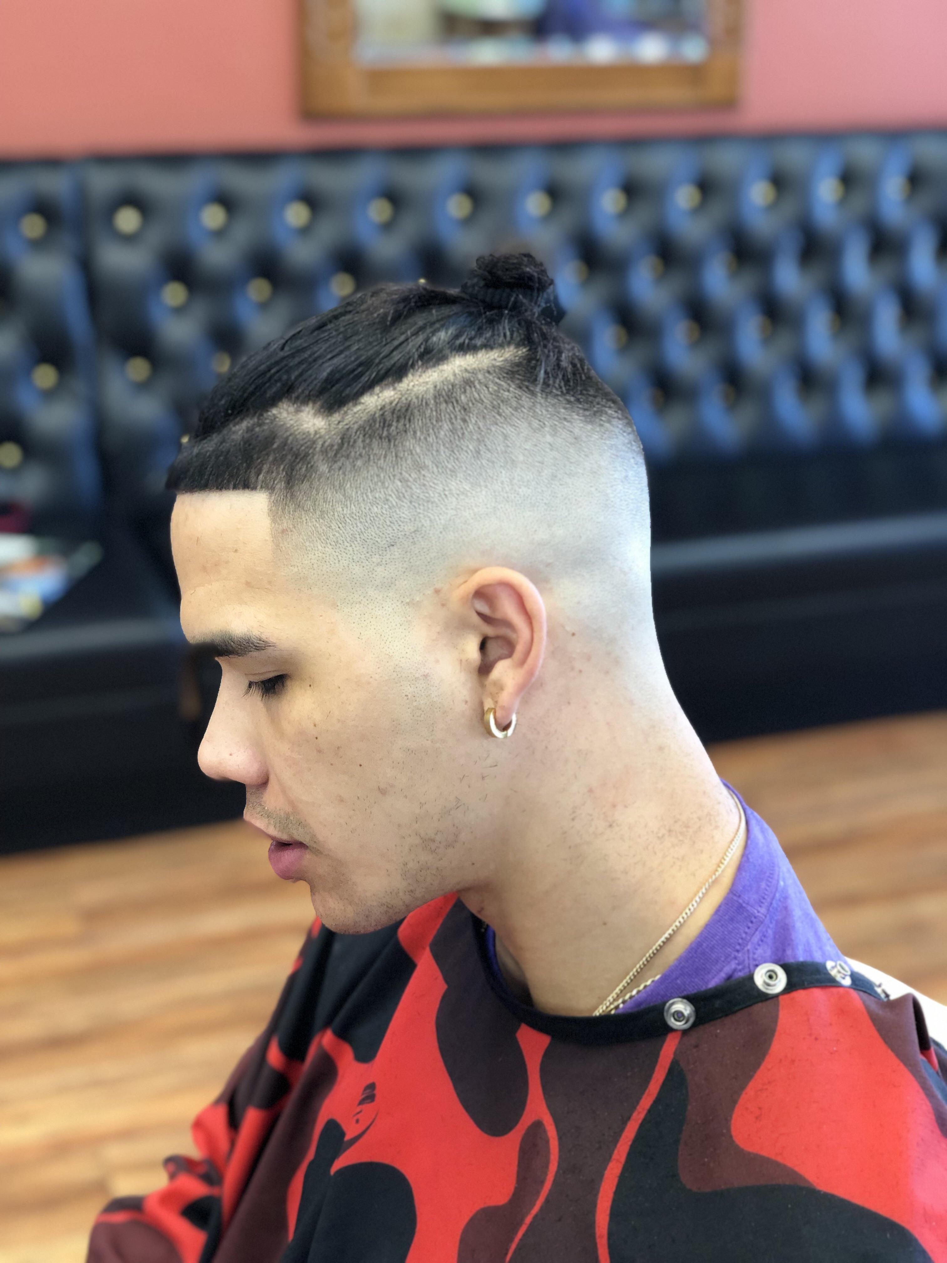 How To Do A Bald Fade : Barber