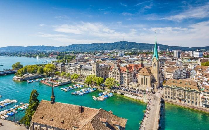 Zurich, Switzerland [2560 x 1600]