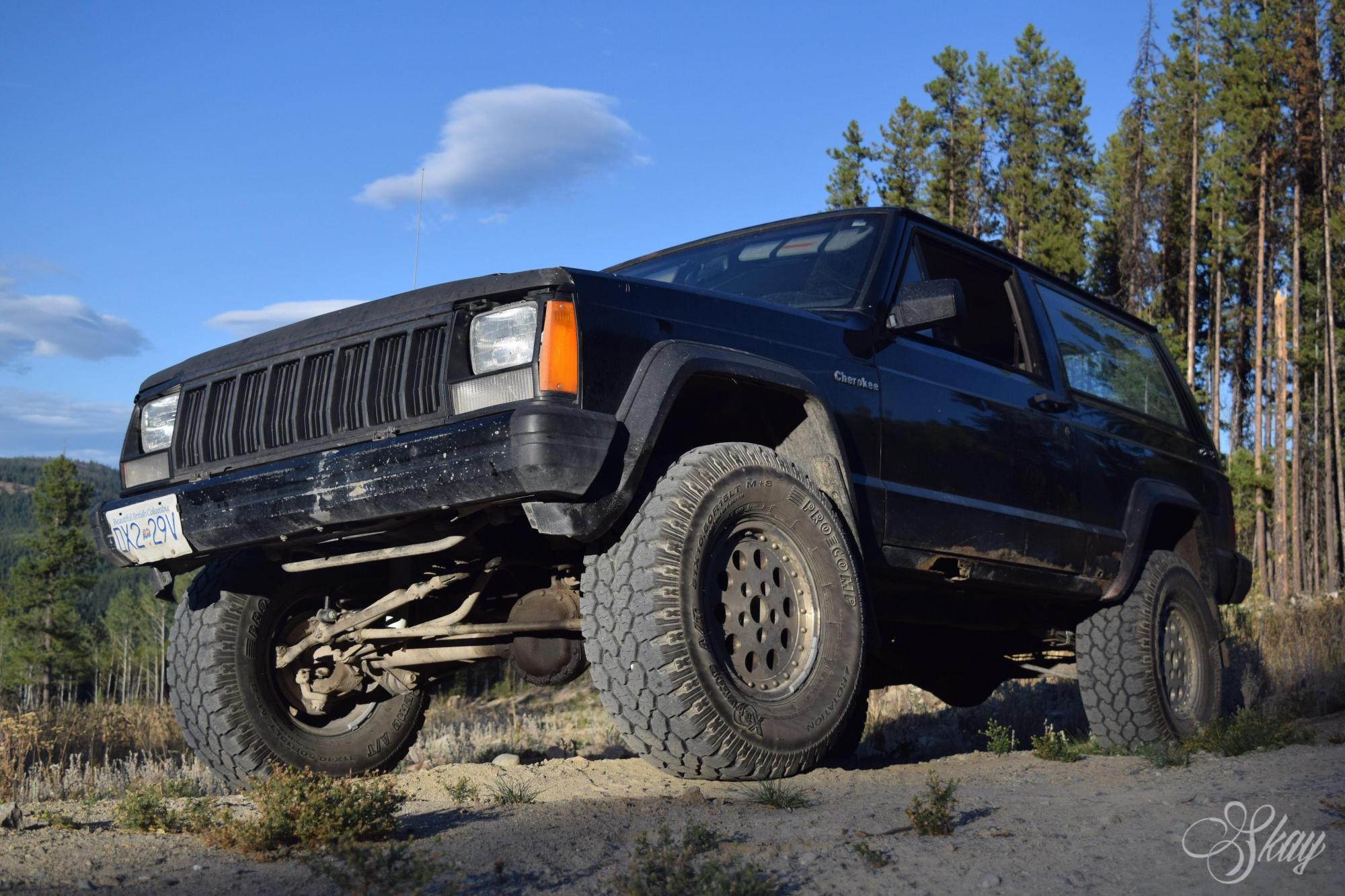 hight resolution of 3inch rough country lift with 31 all terrains on my first vehicle