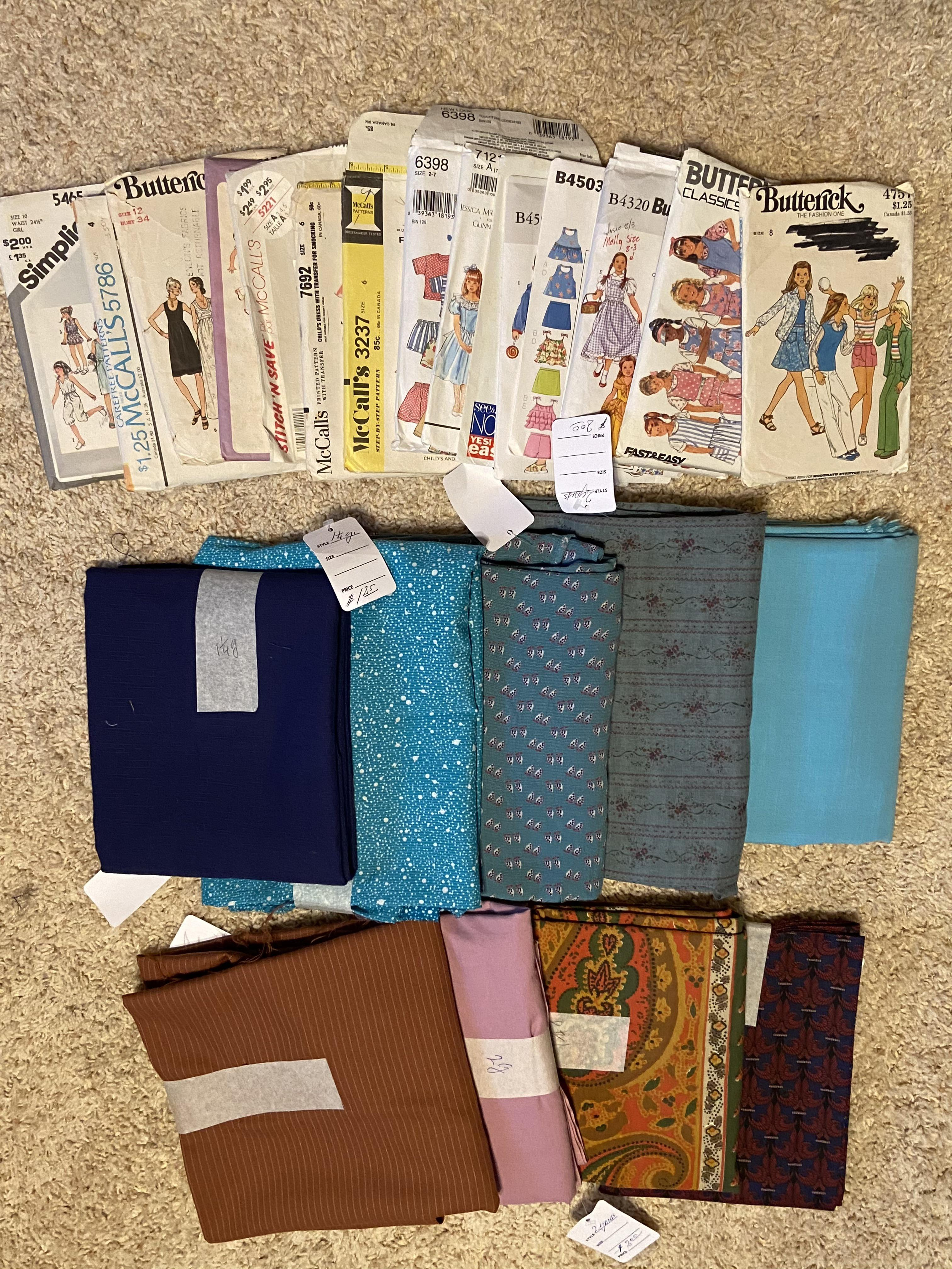 4 Yards Of Fabric : yards, fabric, Today's, Thrift:, Patterns,, Yards, Fabric,, Sewing