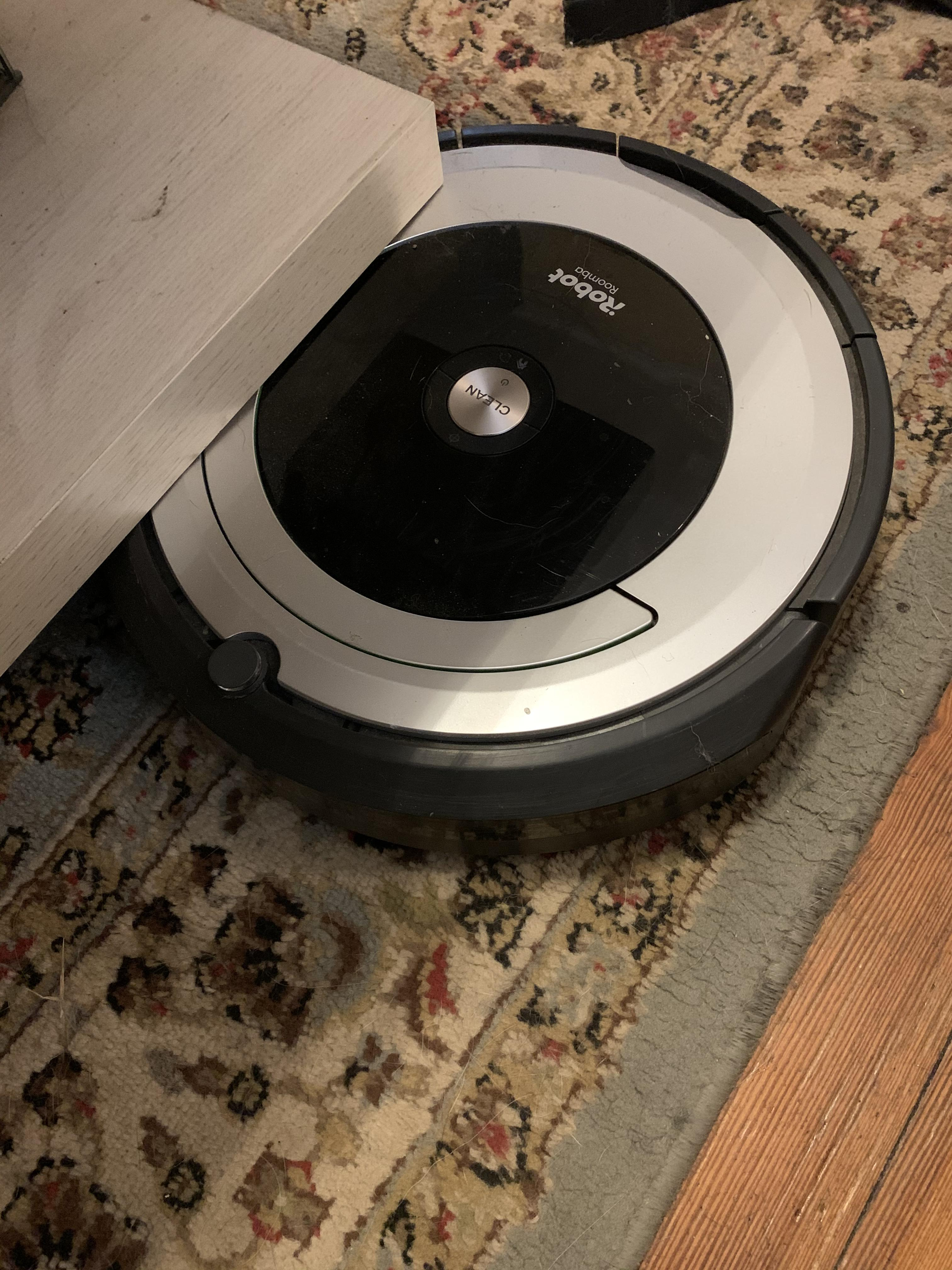 Roomba Gets Stuck Under Furniture : roomba, stuck, under, furniture, Roomba, Always, Stuck, Under, Coffee, Table., Suggestions?, Maybe, Something, Could, Around, Still, Hidden?, Thanks, Y'all!