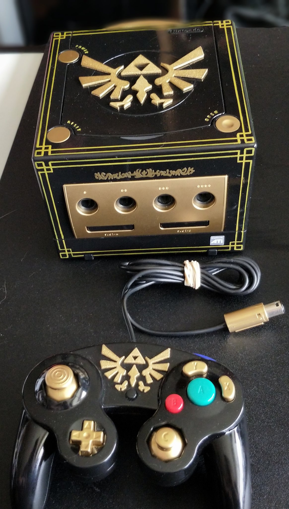 glorious zelda custom painted