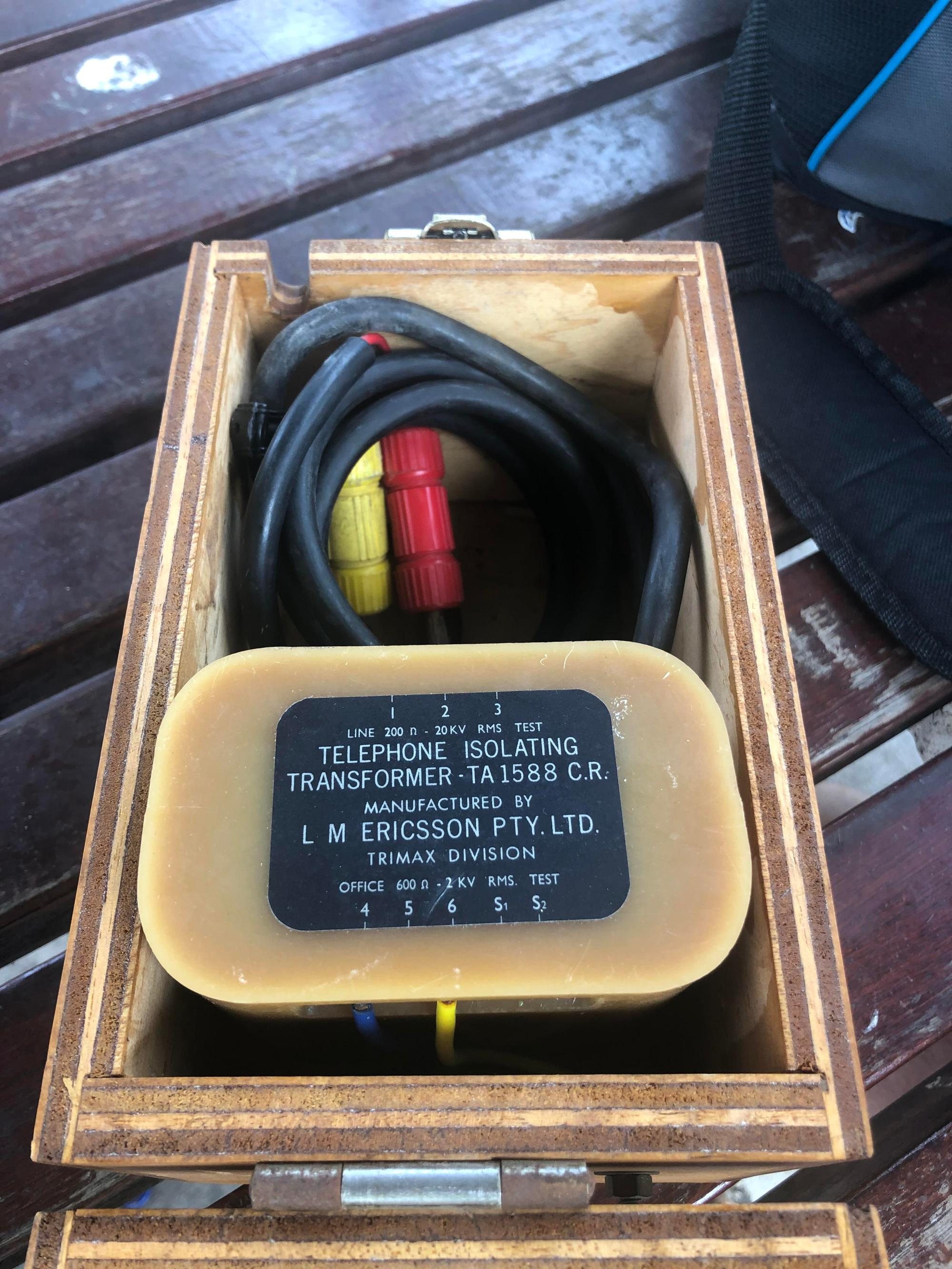hight resolution of i found this today i believe it is a testing kit of some sort for old phone lines but can anyone shed more information on it