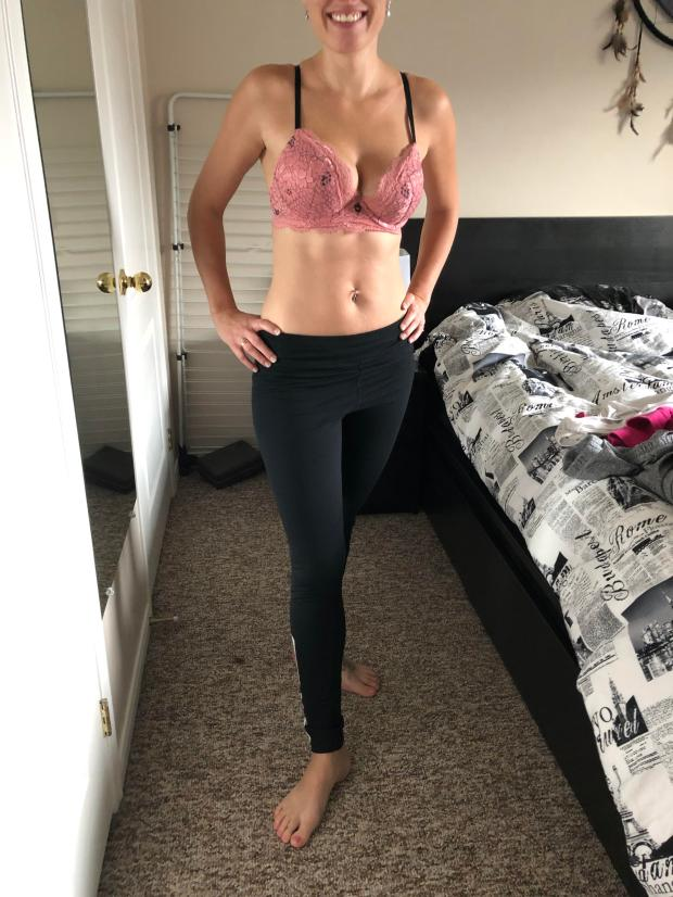 xbuzcl3zixx11 - This MILF is ready to take on the day!! Think you can handle her?? (F32) Nude Selfie