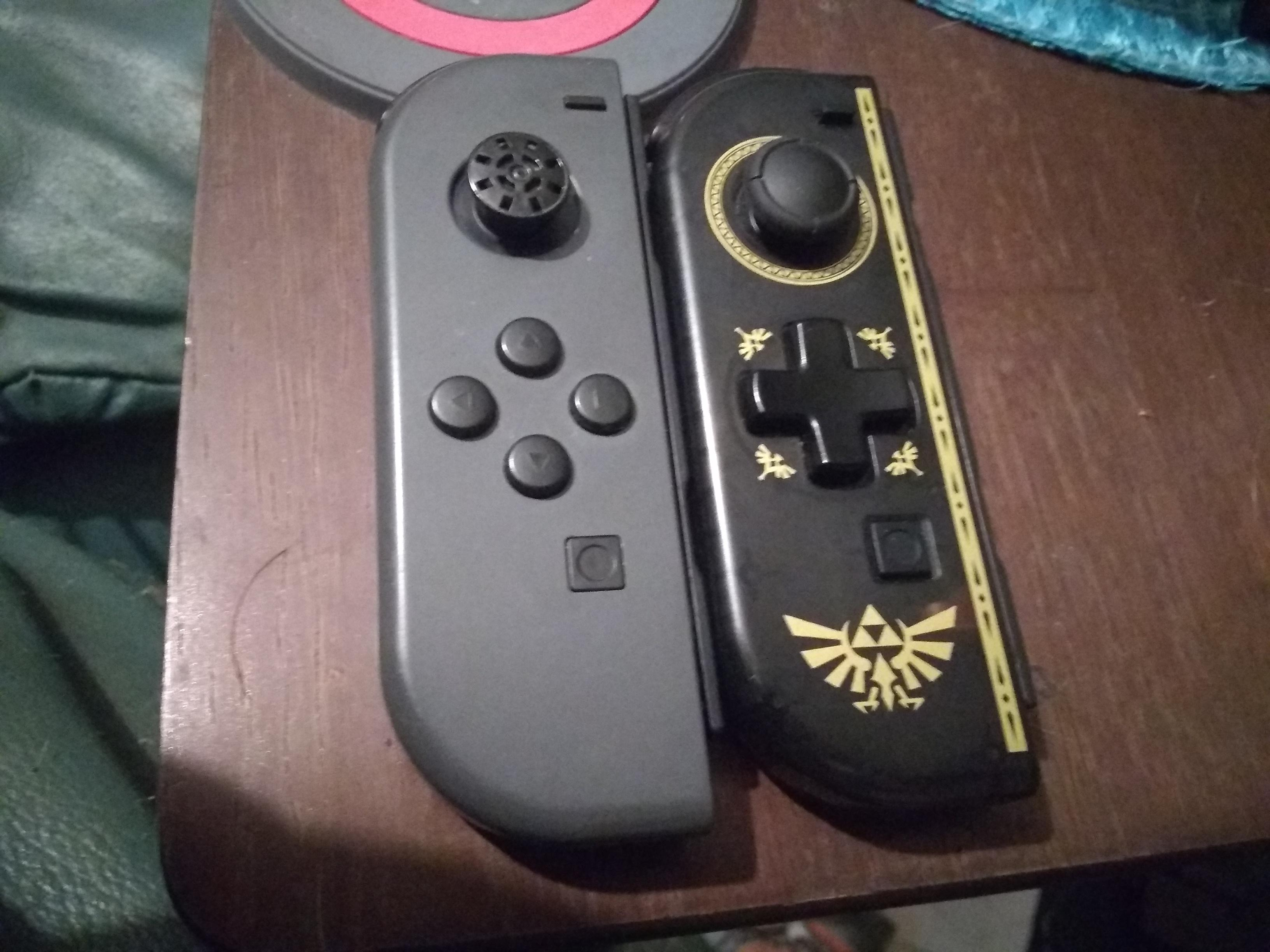 Could the shell of Hori D-pad Joy-con House the components of an official Joy-con? : NintendoSwitch