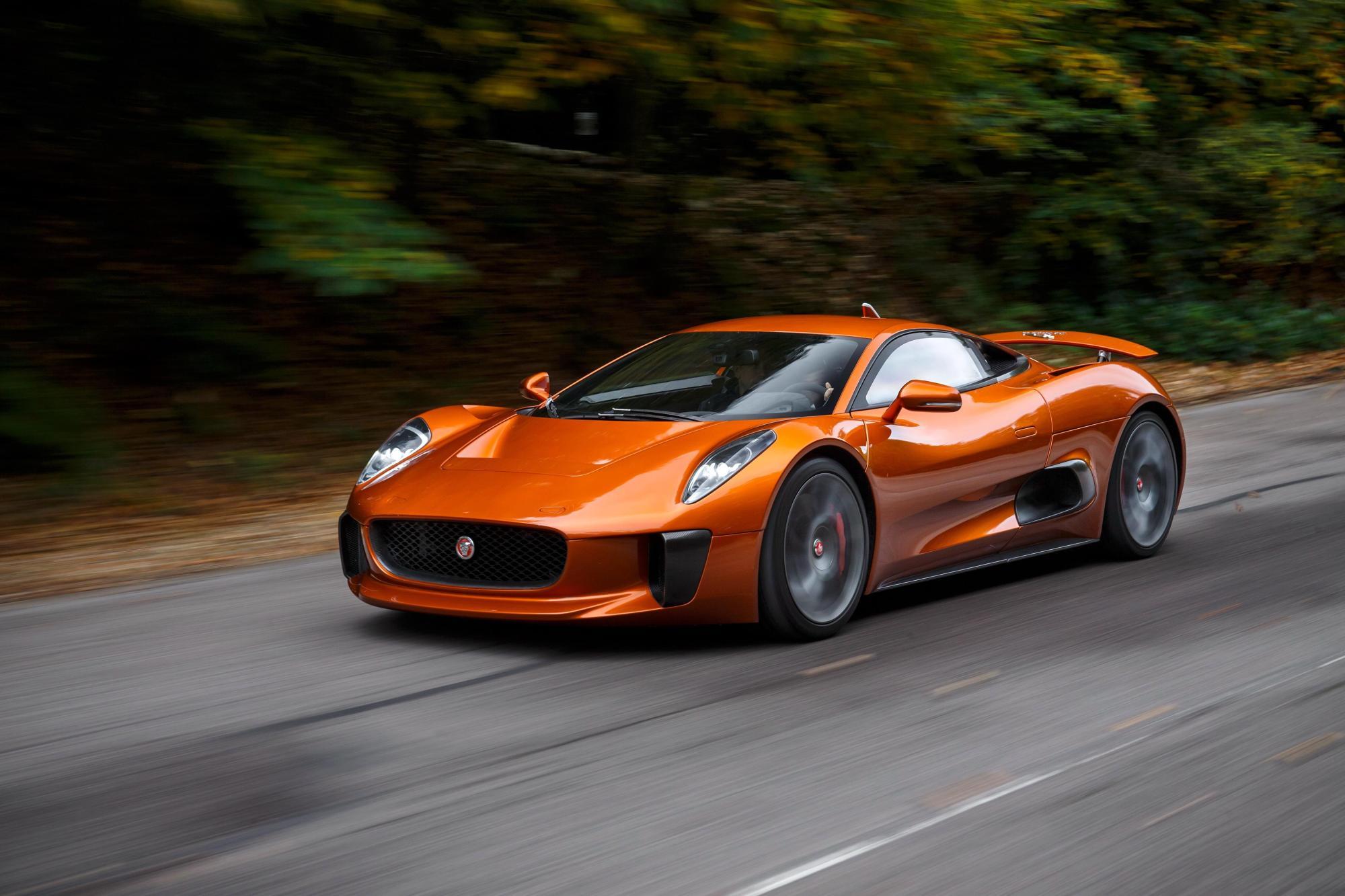 hight resolution of jaguar cx 75 4096x2731