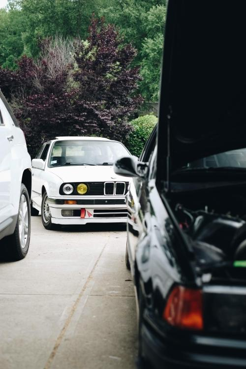 small resolution of picture videoanyone else drive multiple chassis codes e30 as a daily and turbo e36 as the fun car