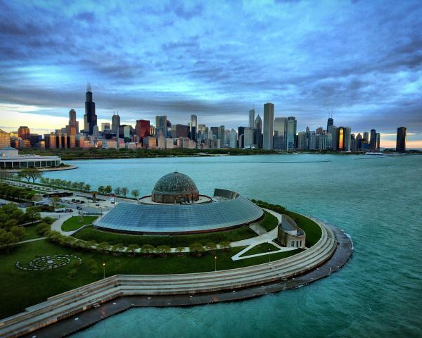 Adler Planetarium In Chicago Oc 3700x2960 Cityporn